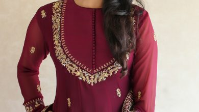 Photo of 15 Must Try Simple Saree Blouse (Front and Back) Designs